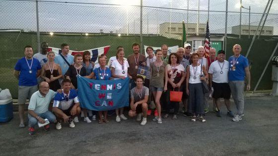 foto-di-gruppo-tennis-we-can-ederle-10-settembre-2016